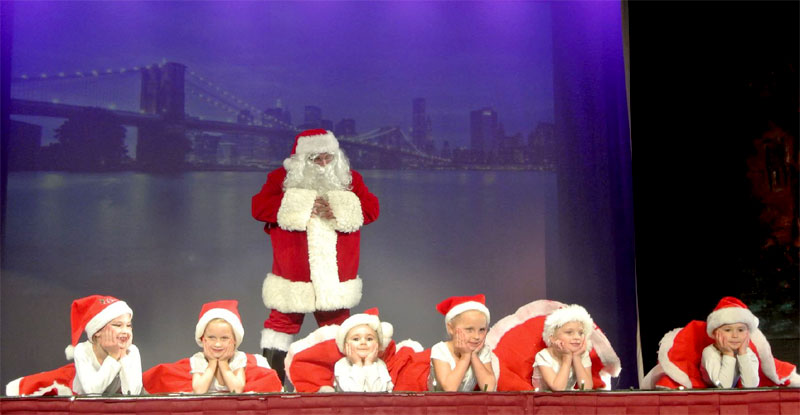 Michael Flanagan and Santa's Helpers stole the show!