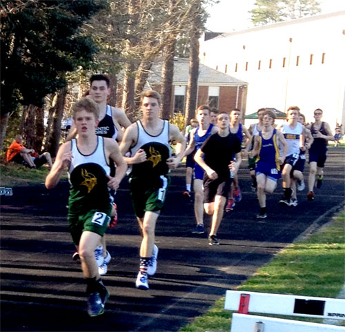 Robbie Parker and Sawyer Coulbourne push the pace in the 1600