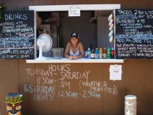 Rachel Savage taking orders (Mirror Photo)